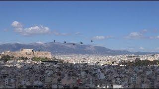 Авиационный парад на День независимости Греции 25 марта 2014 г.(ВОЕННЫЕ САМОЛЕТЫ И ВЕРТОЛЕТЫ ГРЕЧЕСКОЙ АРМИИ В Афинах впервые за последних 3 года прошел военный парад..., 2014-03-25T14:55:36.000Z)