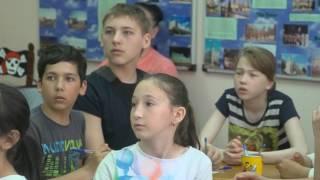 Первая смена пришкольных лагерей перевалила экватор