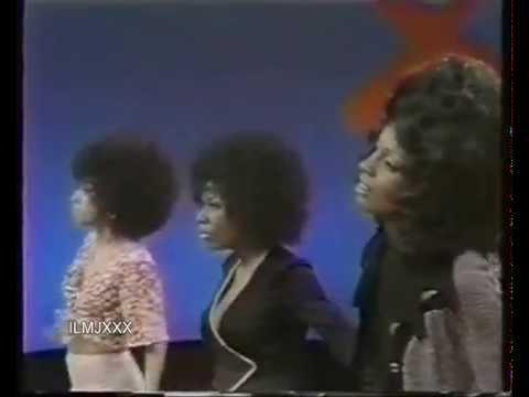 MARTHA & THE VANDELLAS - LOVE (MAKES ME DO FOOLISH THINGS) SOUL TRAIN 1971