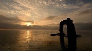 津波から20年 奥尻島・鍋釣岩の朝日 微速度撮影