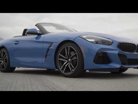 BMW Z4 sDrive 30i Design in String Blue