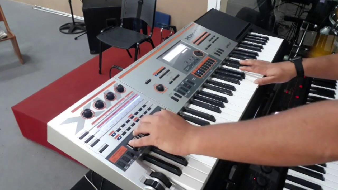 Download Casio XW-P1 - Montando Timbres - Misturando Timbres usando Volume para montar um timbre ao vivo.