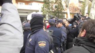 Madrid anti-eviction direct action 4/15/13