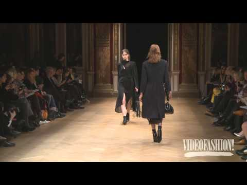 Sharon Wauchob Fall 2014 Paris Fashion Week Interview & runway | Videofashion
