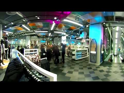 360° video - A look inside Primark Amsterdam Dam Square