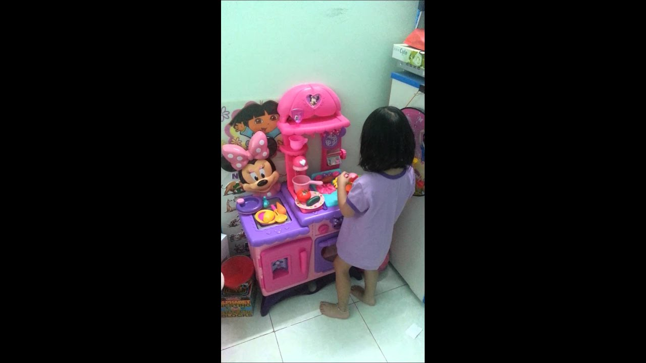 Sushi Play Minnie Mouse Flippin Fun Kitchen - YouTube