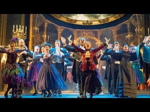New 'Phantom Of The Opera' Makes Chicago Debut