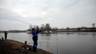 Весенний фидер на нижней Москве реке, март 2017.