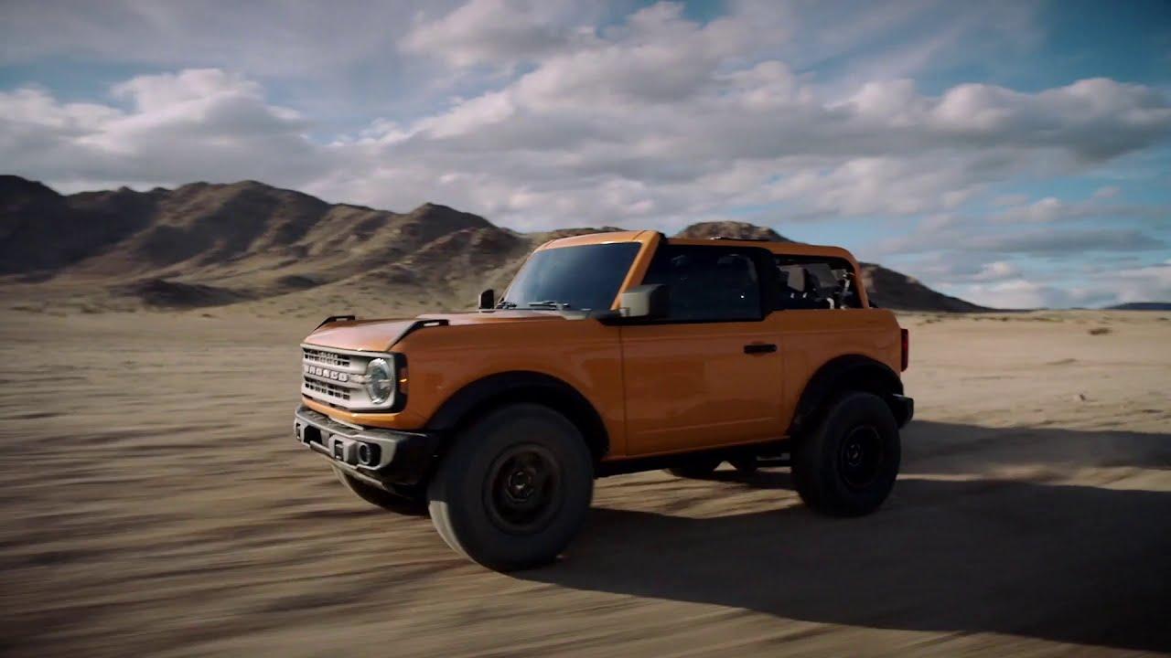 2021 Ford Bronco - Two Door and Four Door Running - YouTube