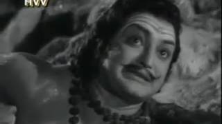 రావణ బ్రహ్మ కైలాసా గిరిని లిఫ్టు చేస్తుంది(Seetarama Kalyanam movie 1961)