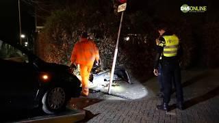 Auto rijdt in heg in Bocholtz, bestuurder gewond