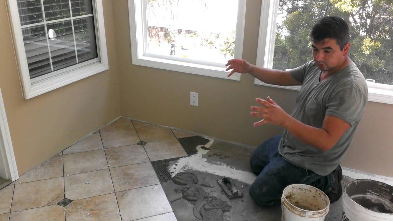 como instalar ceramica en piso de madera