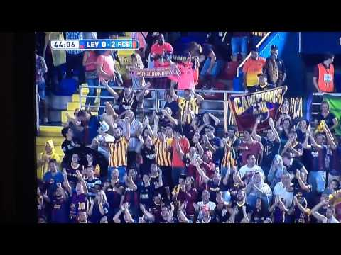 Ivan Rakitić rockets a 30 yard goal for FC Barcelona vs Levante • 21/09