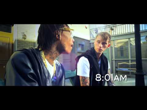 Machine Gun Kelly - Mind of a Stoner ft. Wiz...