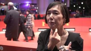 第66回ベルリン国際映画祭レッドカーペット(桃井かおりインタビュー1)