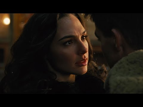 Gal Gadot   Wonder Woman All Kissing Scene [4K]