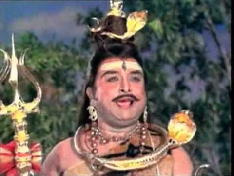 Om Sakthi Om- Sri Kanchi Kamatchi