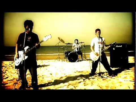 S.M.N. - Brand New Days: OFFICIAL VIDEO [from What Is Bad To Be Fun !] 【HD】