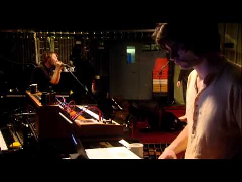 radiohead - the gloaming (softly open our mouths in the cold) (live from the basement)