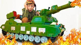 سينيا تريد أن تكون رجل دبابات! سينيا تختار مهنة جديدة!