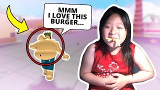 How did I become so fat on Roblox.. *OMG* | Eating Simulator