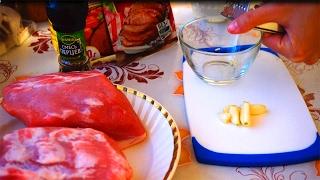 Корейка свиная в духовке. Рецепт смотри в видео(Отличный рецепт приготовления свиной корейки в духовке. В видео показано как вкусно приготовить корейку..., 2017-02-05T10:25:19.000Z)