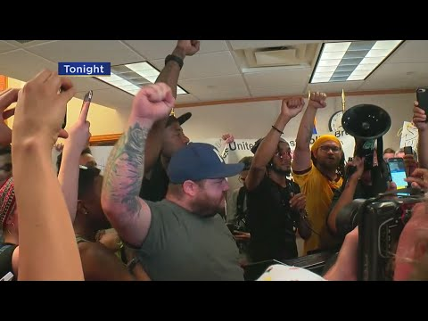 Chaos Erupts As Protesters Disrupt Mayor Hodges's News Conference