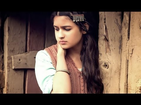 Patakha guddi (female) (highway) listen to songs online or.