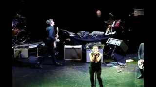 "Dave Gahan (Depeche Mode) cover The Damned ""New Rose"" @ Club Nokia"