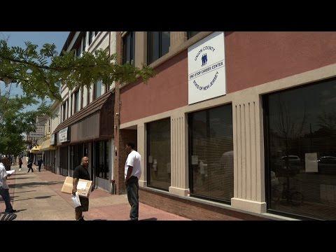 Elizabeth Career Center Helps Jobless Find Work