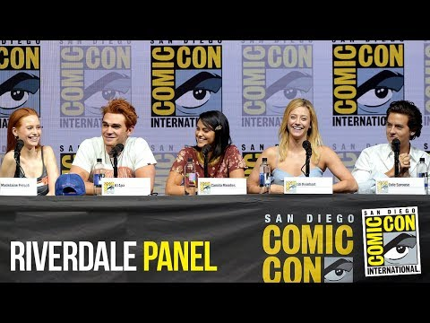 RIVERDALE Full Panel San Diego Comic Con 2018