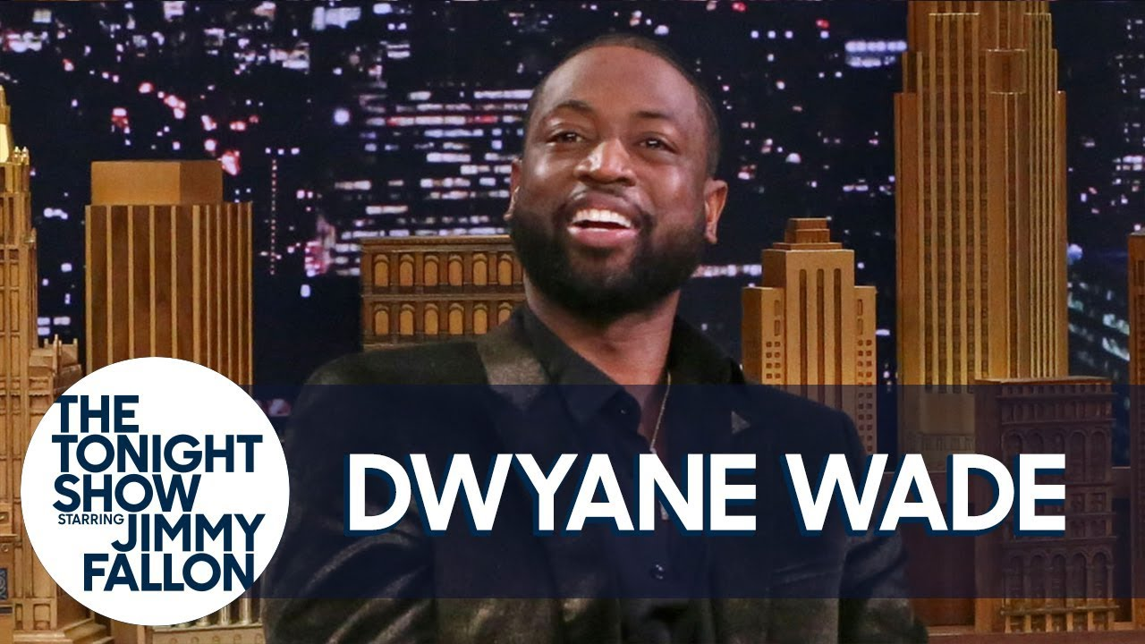 Dwyane Wade Reacts to That Photo of Him Falling into John Legend and Chrissy Teigen