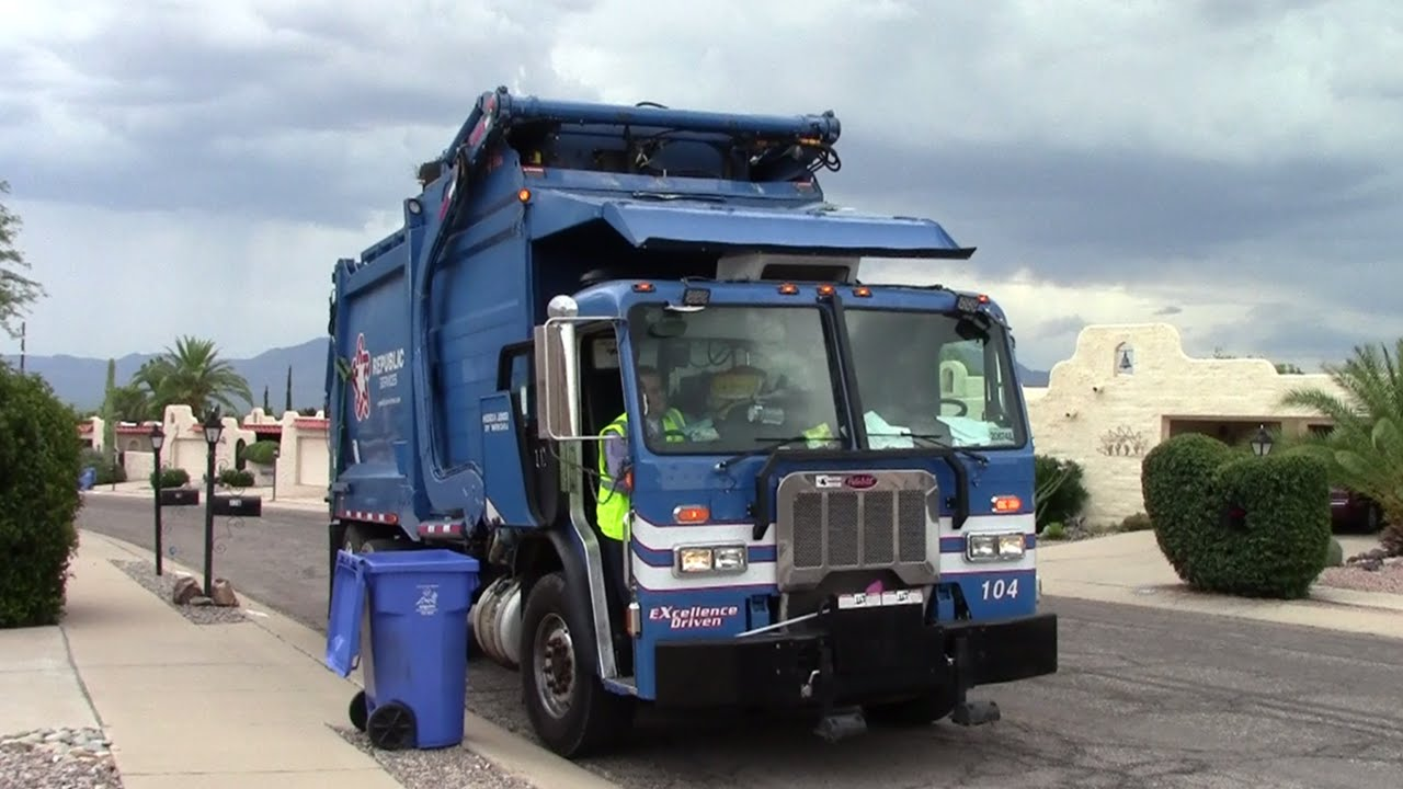 Republic services mini heil front load garbage truck w curotto can