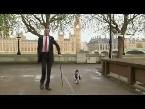 Le plus grand et le plus petit homme du monde se sont rencontrés