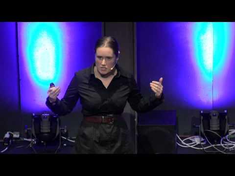 Using art to develop technology (and vice versa) : Bridget Johnsona at TEDxTeAro