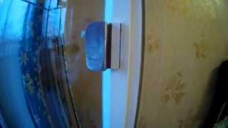 КАК ОТРЕМОНТИРОВАТЬ ДВЕРНУЮ РУЧКУ БАЛКОНА. HOW TO REPAIR THE DOOR HANDLE OF THE BALCONY.(Очередная поломка, жена сломала ручку балконную, нужно что то делать. Буду ремонтировать и покажу как я..., 2015-03-31T18:32:04.000Z)