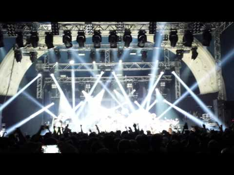 Limp Bizkit  Intro + Break Stuff  01062015  Leipzig, Haus Auensee