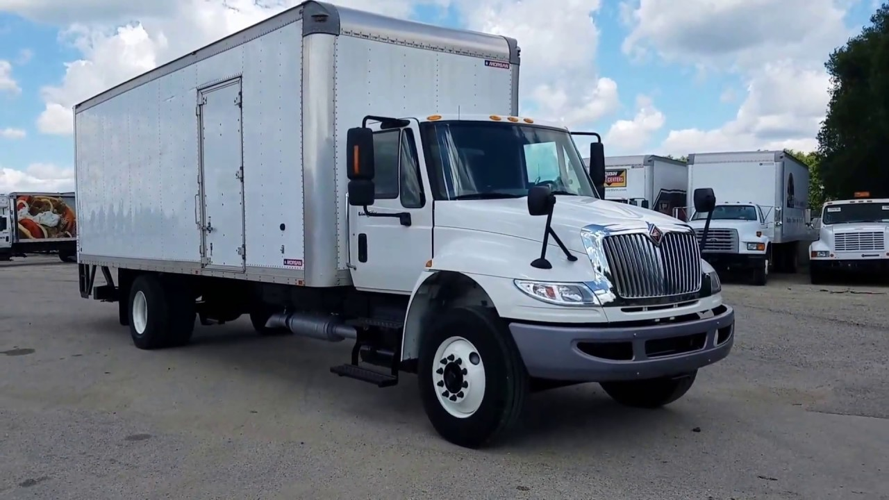 2015 international 4300 26ft under cdl cummins box truck fl036719 [ 1280 x 720 Pixel ]