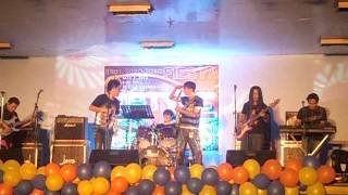 shake it well band (bakit kung sino pa)