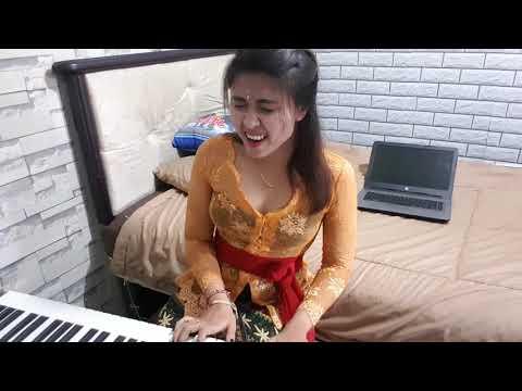 Rusmina Dewi - Kidung Kasmaran  (piano cover )