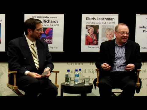 Nicholas McGegan: Offstage at Barnes & Noble (5 of 7)