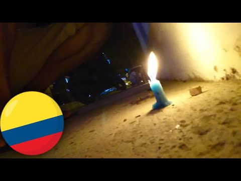 What is the Day of the Little Candles like in Colombia