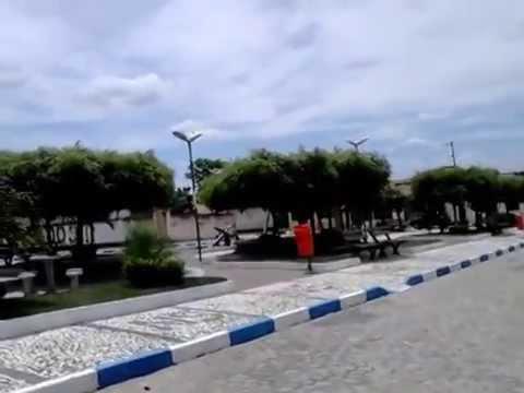 Praça Do Colégio Dom Pedro E Colégio Monsenhor Gaitto Em Nova Soure - Bahia