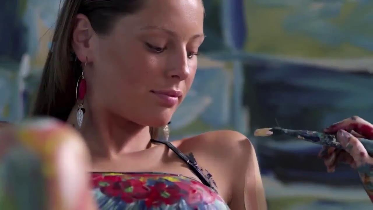 Hyper Realistic Acrylic Body Painting By Alexa Meade YouTube - Artist creates stunning hyper realistic paintings of women