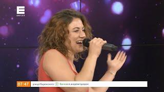 Финалистка телепроекта «Народный Артист» Наталья Сурнина спела в прямом эфире «Утра на Енисее»