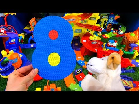 A Number Hunt for Eight? Tricking Excite Dog in Smart Wheel City