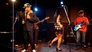 「バンビーノ結成10年記念パーティー」 2009年8月9日 出演 バンビーノ...