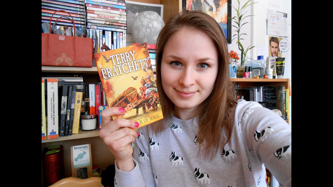 Review The Colour Of Magic By Terry Pratchett Youtube