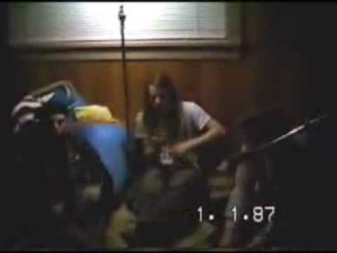 Nirvana Love buzz -Scoff -About a girl  (home video)