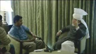 Huzoor's Press Interviews at Cochin, Kerala - Part 4 (English)